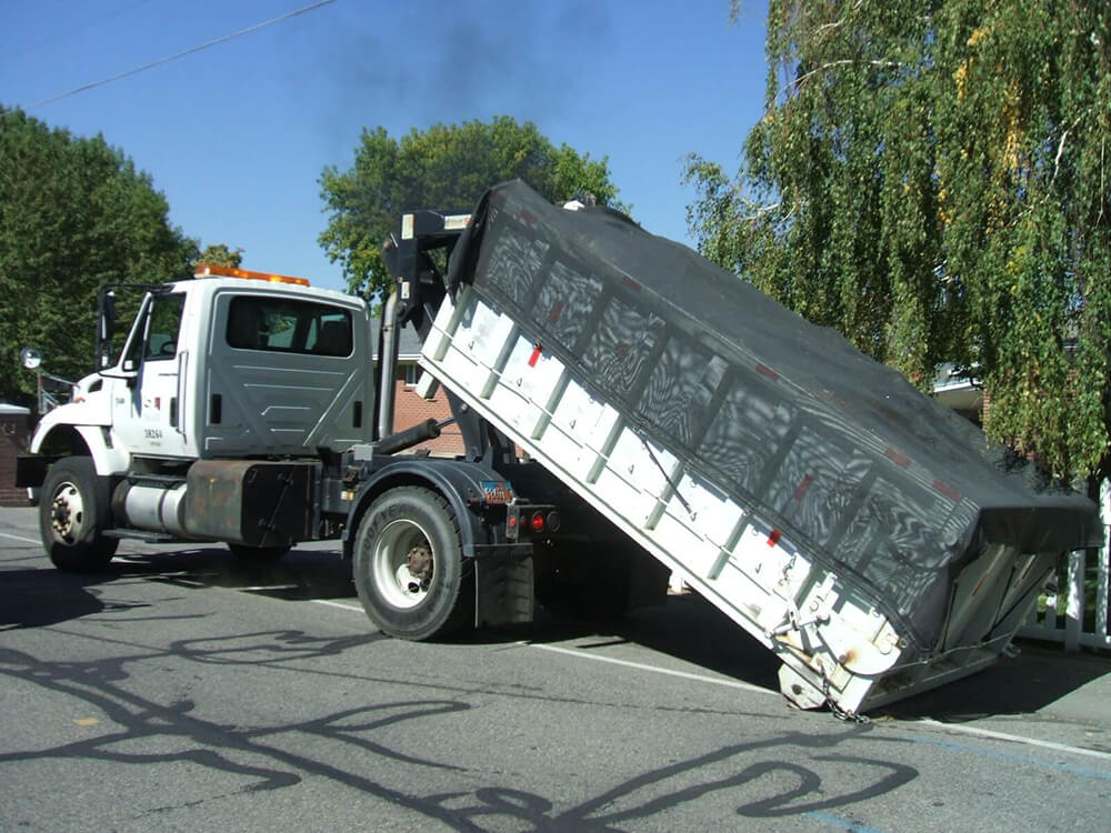 Cape Coral copy-Gulf Coast Waste Dumpster Rental Solutions-We Offer Residential and Commercial Dumpster Removal Services, Portable Toilet Services, Dumpster Rentals, Bulk Trash, Demolition Removal, Junk Hauling, Rubbish Removal, Waste Containers, Debris Removal, 20 & 30 Yard Container Rentals, and much more!