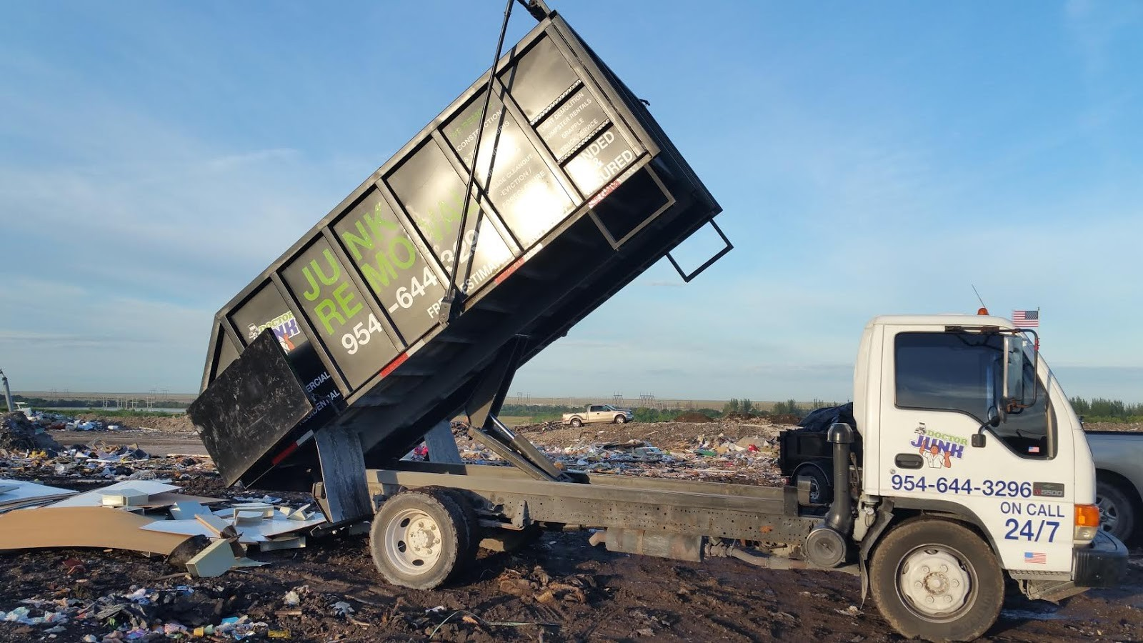 Commercial junk removal companies-Gulf Coast Waste Dumpster Rental Solutions-We Offer Residential and Commercial Dumpster Removal Services, Portable Toilet Services, Dumpster Rentals, Bulk Trash, Demolition Removal, Junk Hauling, Rubbish Removal, Waste Containers, Debris Removal, 20 & 30 Yard Container Rentals, and much more!