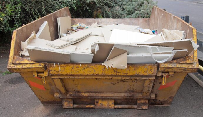 Construction debris removal-Gulf Coast Waste Dumpster Rental Solutions-We Offer Residential and Commercial Dumpster Removal Services, Portable Toilet Services, Dumpster Rentals, Bulk Trash, Demolition Removal, Junk Hauling, Rubbish Removal, Waste Containers, Debris Removal, 20 & 30 Yard Container Rentals, and much more!