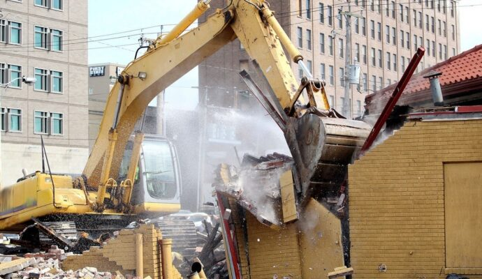 Demolition services-Gulf Coast Waste Dumpster Rental Solutions-We Offer Residential and Commercial Dumpster Removal Services, Portable Toilet Services, Dumpster Rentals, Bulk Trash, Demolition Removal, Junk Hauling, Rubbish Removal, Waste Containers, Debris Removal, 20 & 30 Yard Container Rentals, and much more!