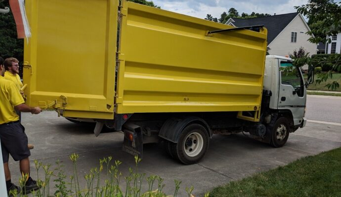 Junk removal business-Gulf Coast Waste Dumpster Rental Solutions-We Offer Residential and Commercial Dumpster Removal Services, Portable Toilet Services, Dumpster Rentals, Bulk Trash, Demolition Removal, Junk Hauling, Rubbish Removal, Waste Containers, Debris Removal, 20 & 30 Yard Container Rentals, and much more!